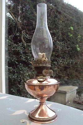 Decorative Oil Lamp With Original Chimney & Twin Wick Model Good Condition