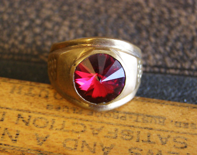 VTG Antique Brass ring Vintage Mens jewelry Large Red Glass Domed Signet Ring