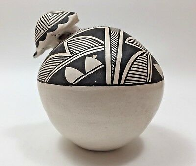 Native American Vintage Acoma Indian Pottery Seed Pot 'H. Antonio'