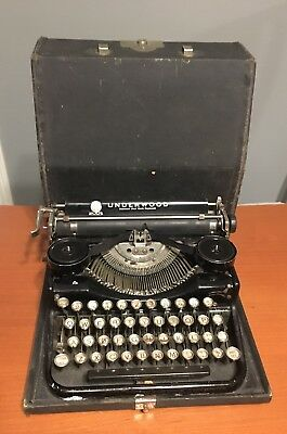 Vtg Underwood Four Bank Portable Manual Typewriter 1926 Early Model B With Case
