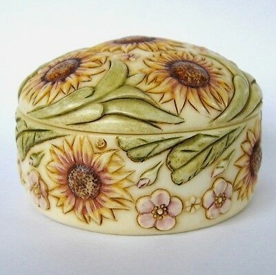 MPS Harmony Kingdom: Jardinia: Small Daises Flowers Trinket Pot: Daisy Chain NIB