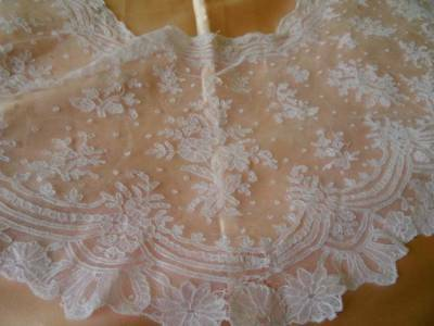 A Beautiful Antique Victorian Tambour Wedding Lace Bertha C.1880