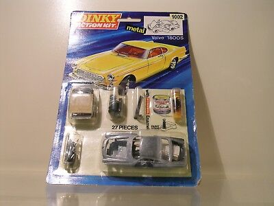Dinky Toys Uk 1002 Action Kit Volvo P1800S  Scale 1:43