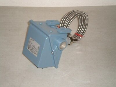 New! United Electric Controls E402-3BS Temperature Switch Options: M446 10S-10S