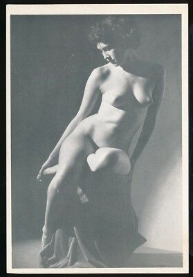 1940s Original Nude Lithograph Print Glamorous Buxom Brunette in Shadows vv