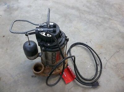 RIDGID 1/2 HP Cast Iron Sump Pump..SP-500. PLEASE LOOK AT PHOTOS
