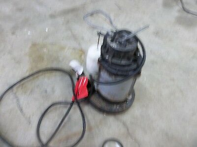 RIDGID 1/2 HP Cast Iron Water Submersible Sump Pump model 500RS READ ALL PLEASE