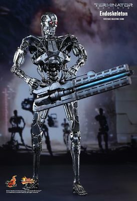 TERMINATOR GENISYS - Endoskeleton 1/6th Scale Action Figure MMS352 (Hot Toys)