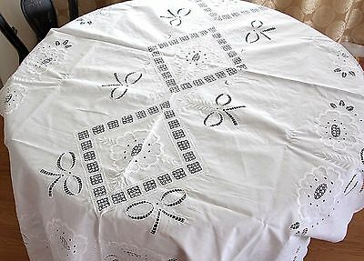 """HANDMADE CUTWORK LACE WHITE EMBROIDERED COTTON OBLONG BANQUET TABLECLOTH 62""""x89"""""""