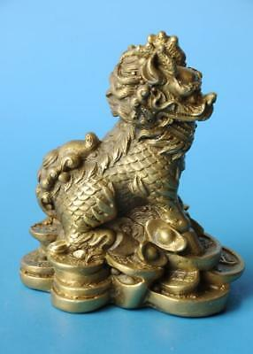 Chinese old fengshui copper hand-carved yuanbao Wealth lion statue c02