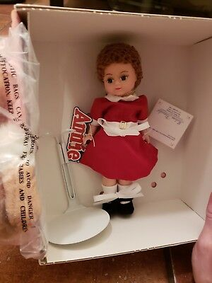 "Madame Alexander Little Orphan Annie And Sandy  8""  Doll 13740"