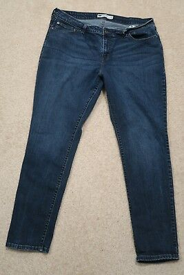 / Womens Jeans size 18W plus Levis Mid-Rise skinny, stretch blue