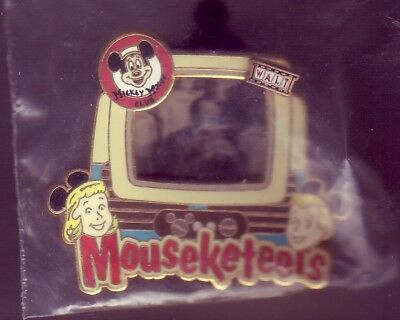 Pin Disney Mickey Edition Limtee 900