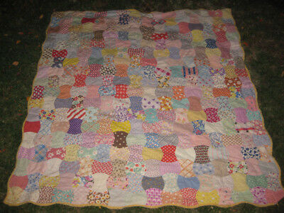 """Vintage 1930s Friendship Spool Charm Quilt 72"""" x 78"""" Cutter Crafts Great Prints"""