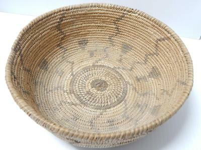 EARLY W. APACHE INDIAN BASKET - ANTIQUE / VINTAGE  c1880-1900 - lightning design