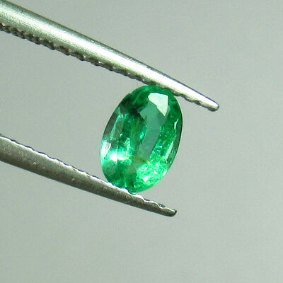 "0.39 Ct - Natural Emerald - ""vs-2"" Good Luster Green - Oval Cut - Zambia"