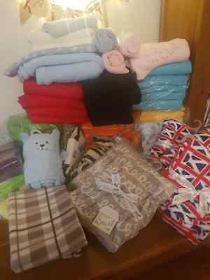 Large wholesale joblot baby blankets/muslins. Perfect nappy cakes/embroidery