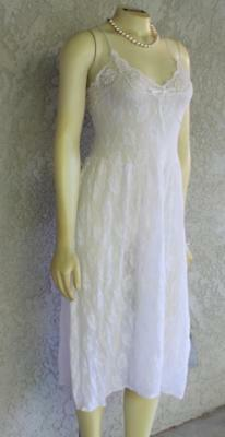 NWT Vintage Victoria's Secret  BRIDAL WHITE SHEER LACE Nightgown GOWN