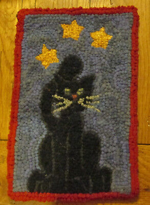 FOLKY BLACK CAT  Primitive Rug Hooking Kit with Cut wool fabric strips