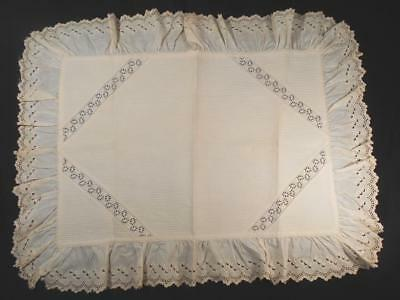 Vintage Lay On Pillow Sham W/eyelet Lace Insert & Ruffles,no Back