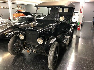 1926 Ford Model T Touring 1926 Model T Touring Many Factory Options Classic and very Collectible