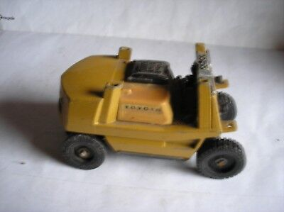YONE ZAWA TOYS TOYOTA  Fork Lift Truck Die Cast Model  Spares or Repair