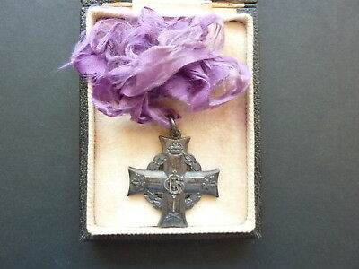 WWII Canadian Mother's Cross, 13727 Pte. RRF DeLagorgendiere
