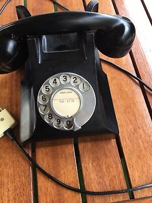 Old Telephones One Black  Great Condition