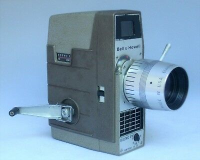 RARE BELL & HOWELL 8mm ELECTRIC EYE f1.8 COMAR ZOOM LENS MOVIE CAMERA PLUS CASE