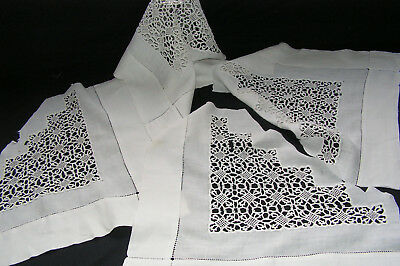 4 B'ful Pieces Of Antique Decorative Hand Worked Lace Triangle From Old Cloth