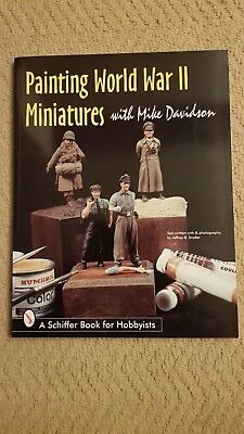 Painting World War II Miniatures by Mike Davidson (Paperback, 1999)
