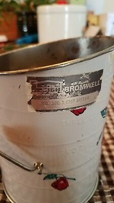 Vintage Bromwell's Red Apples Metal/Tin FLOUR SIFTER