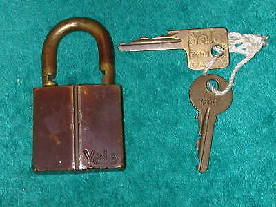 Old Vintage Yale All Brass Padlock with Gutter and 2 Keys Lock keyed