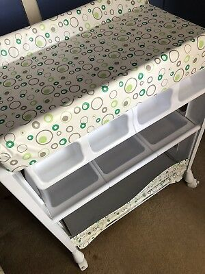 Baby Nursery Change Table With Bath