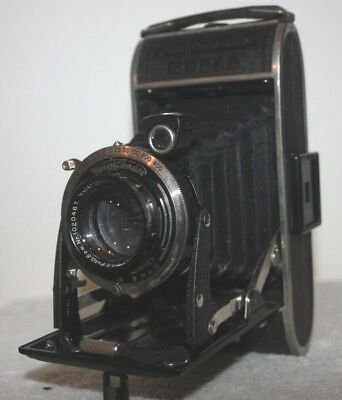 Voigtlander Bessa Folding Rollfilm Camera with Voigtar 10.5cm f/3.5 Lens