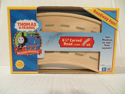 """Thomas the Tank Engine 4 piece 6 1/2"""" Curved Roadway Wooden MIB"""