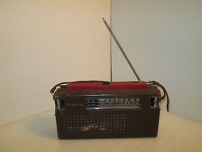 Vintage Channel Master High-Sensitivity AM/FM Transistor Radio *Parts or Repair*