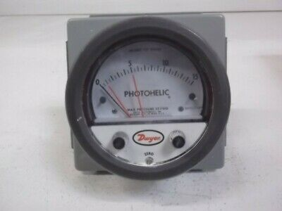 Dwyer 3015-Lt-Wp Photogelic Diff Pressure Switch Gauge * Used *