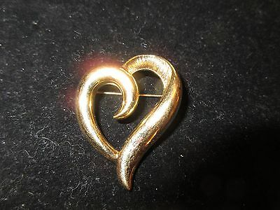 Napier Signed Pin Brooch Gold Tone Heart Love Shiny Vintage Antique Estate CHIC
