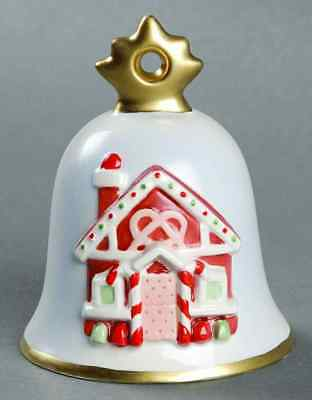 Goebel ANNUAL CHRISTMAS BELL Gingerbread House 2009
