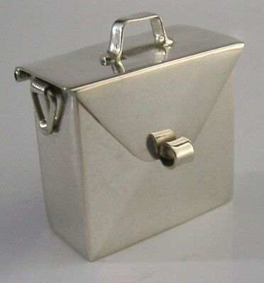 SOLID STERLING SILVER NOVELTY SATCHEL BOX WELL MADE 33g c1980