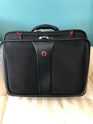 Wenger Swiss Gear Rolling Carry On Computer Laptop Briefcase Day Bag