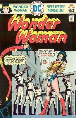 Wonder Woman (1st Series DC) #219 1975 VG+ 4.5 Stock Image Low Grade