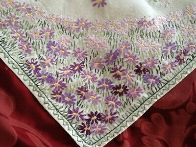 """Gorgeous Vintage Linen Floral Hand Embroidered Cloth  32"""" X 30"""""""