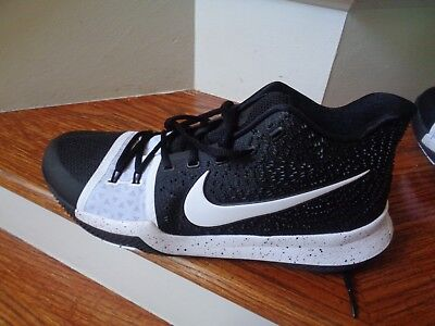 9f495d6572a1 NIKE KYRIE 3 TB Men s Basketball Shoes
