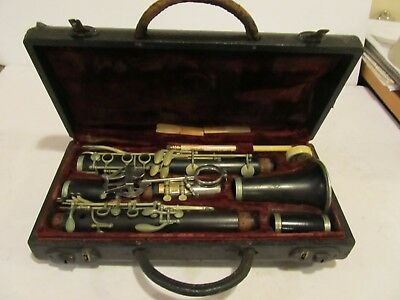 RARE ANTIQUE 19?? - CLARINET - G. VALETTE - MADE IN FRANCE + THE LIFTON CASE old