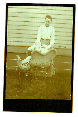 ANTIQUE CABINET CARD PHOTO BABY in BEAUTIFUL WICKER PRAM CARRIAGE