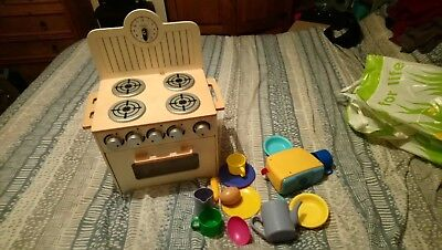 Toy Kitchen And Shop
