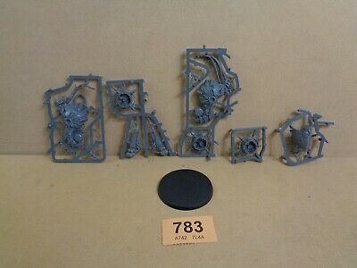 Warhammer 40,000 Chaos Space Marines Death Guard Foetid Bloat Drone on sprue 783