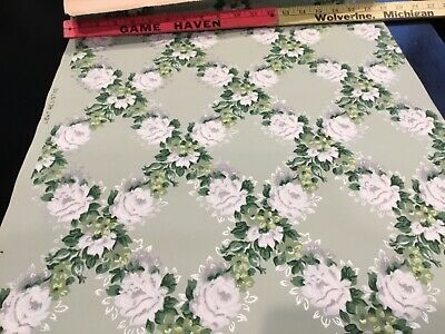 "EARLY 1900's ANTIQUE PRIMITIVE WALLPAPER WHITE FLOWERS GREEN BACKGROUND 18 1/2""W"